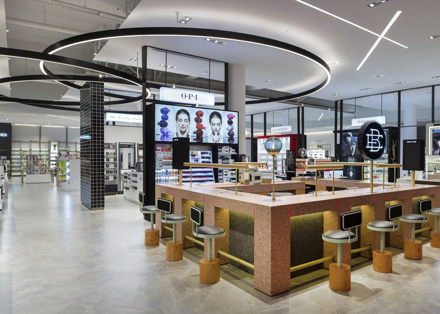 retail lighting design: department store displays
