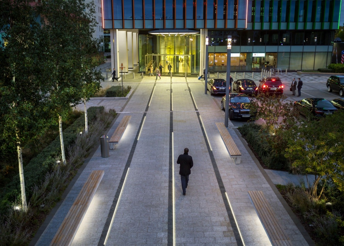 commercial lighting design: exterior walkway leading to building