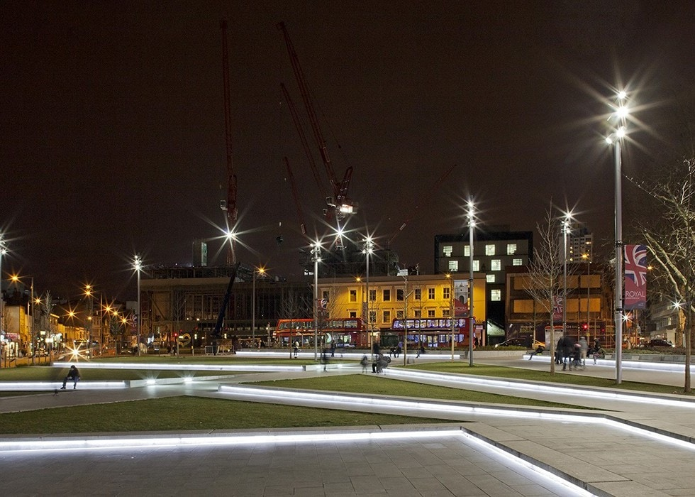 public realm lighting: Woolwich Square