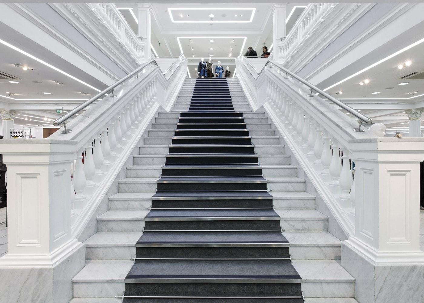 retail lighting design: M&S Dublin store staircase