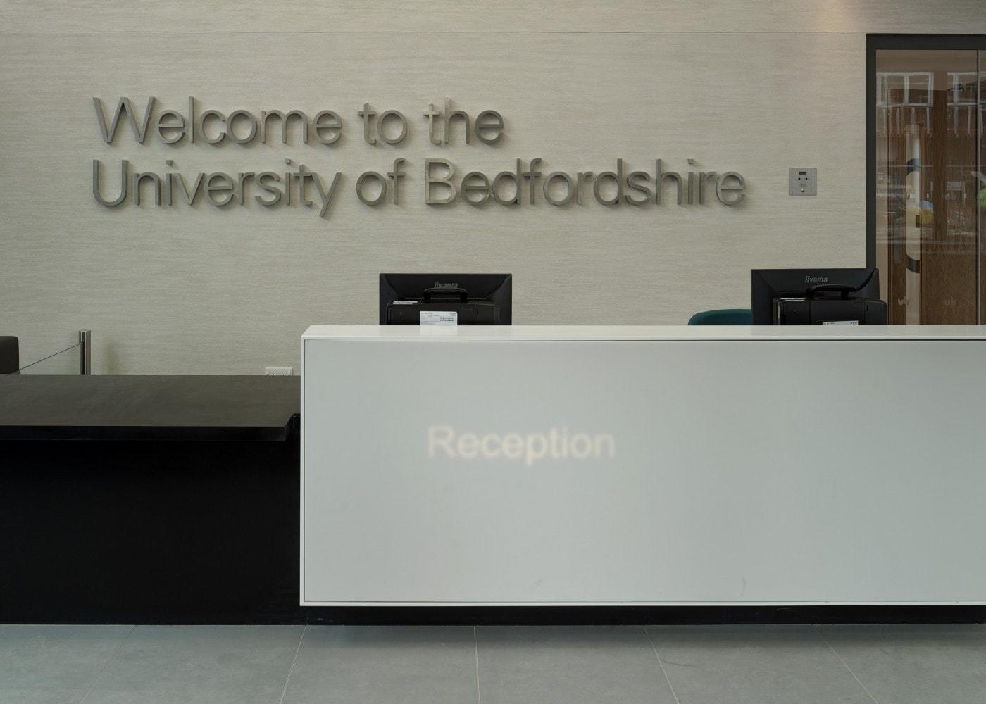 education lighting: University of Bedfordshire reception