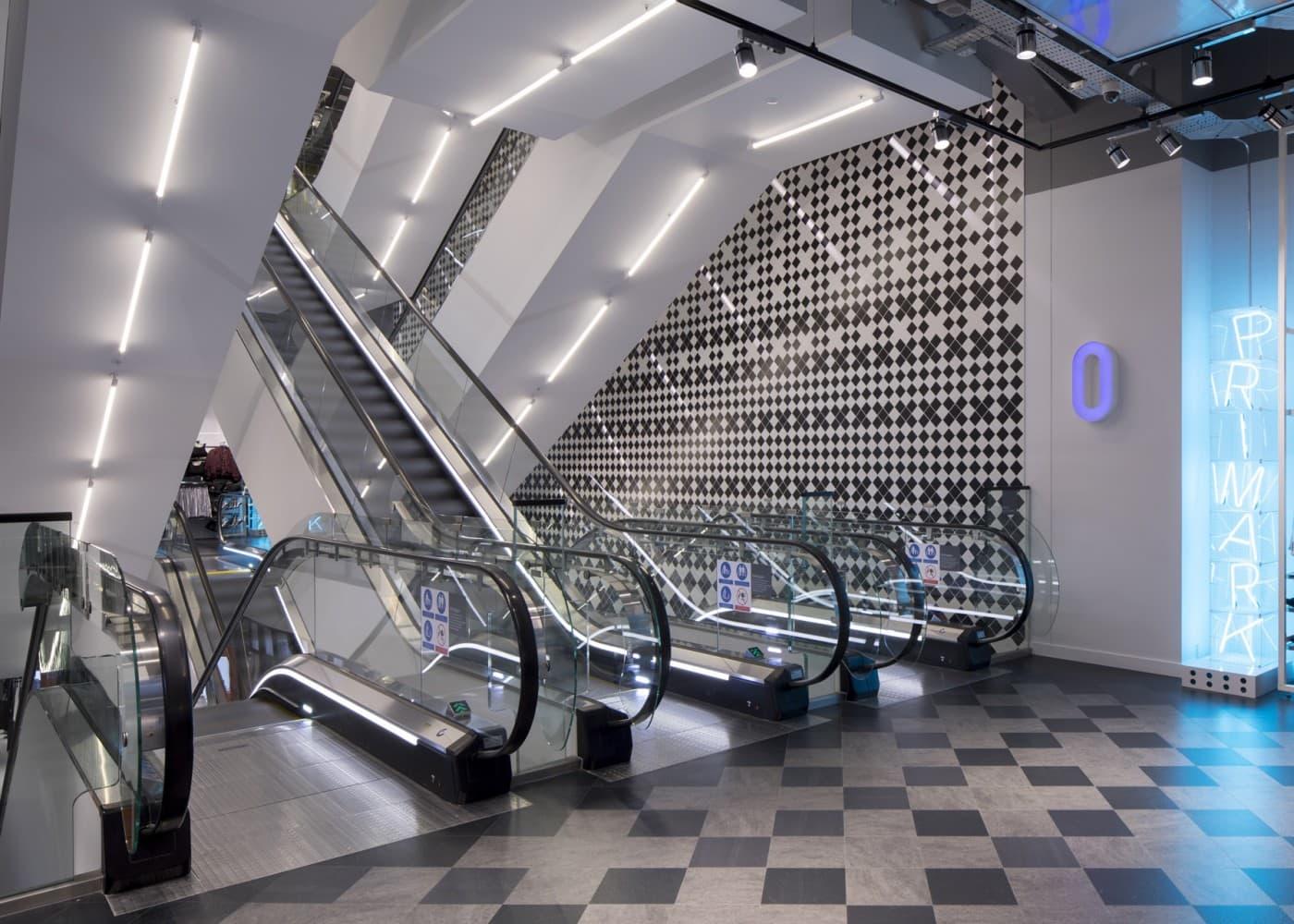 retail lighting design: Primark Amsterdam escalators