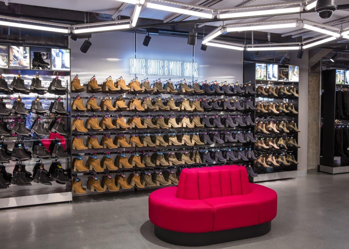 retail lighting design: Primark Madrid Gran Via shoe department