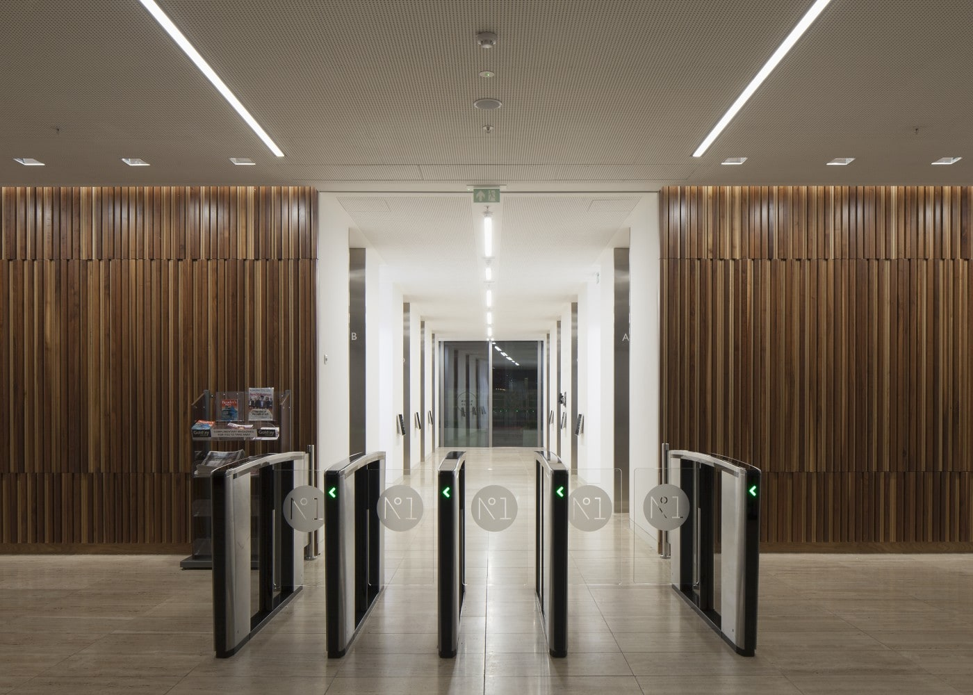 retail lighting design: One Spinningfields interior